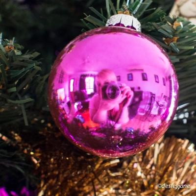 Christmas Selfie (pink).