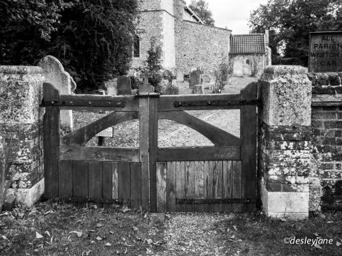 Weston Gate. 17mm f/22 1/50s ISO800
