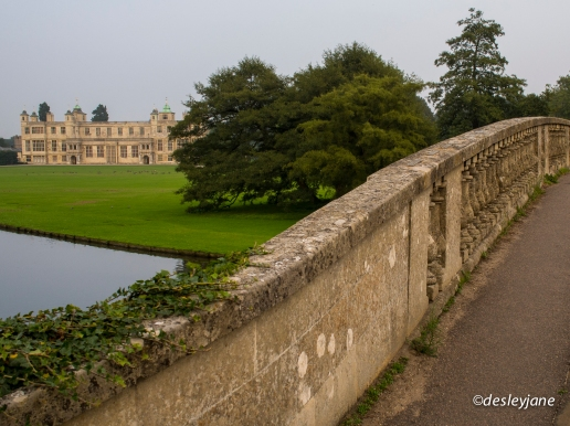 Cambridge, UK. 17mm f/6.3 1/125s ISO400