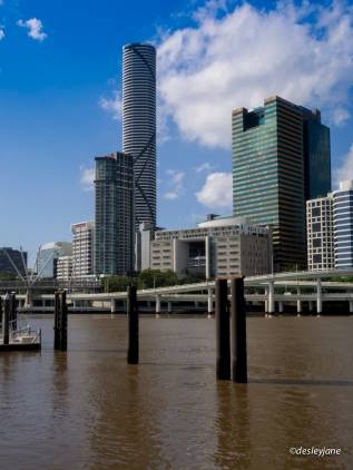 Yes the Brisbane River really is THAT brown.
