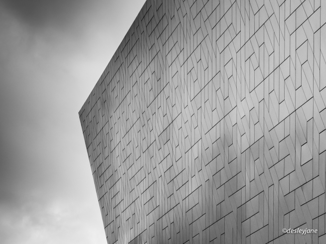 ArchitectureMono-2