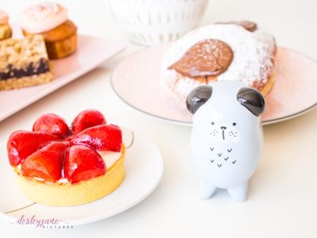 Dessert with Momo-17