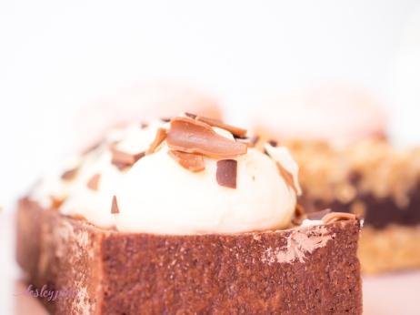 Dessert with Momo-22