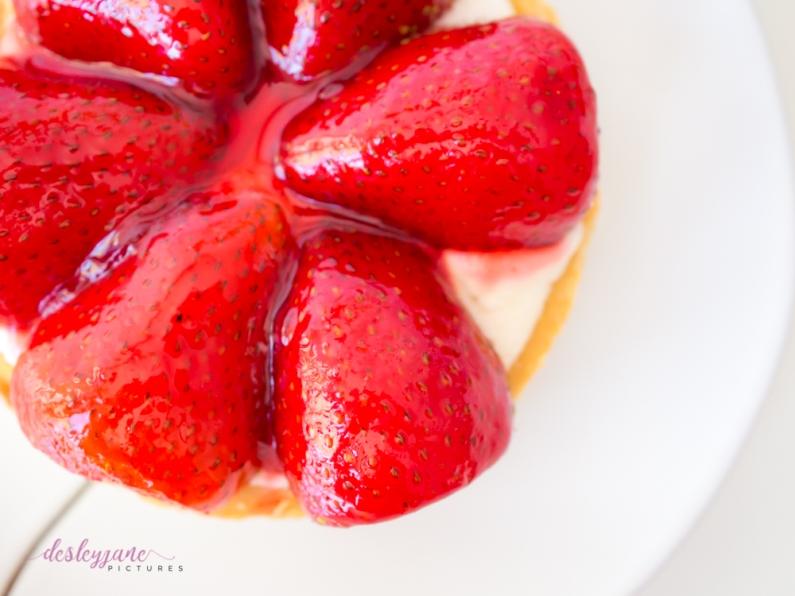 Dessert with Momo-25